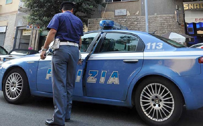 abusi minori arresto polizia prete