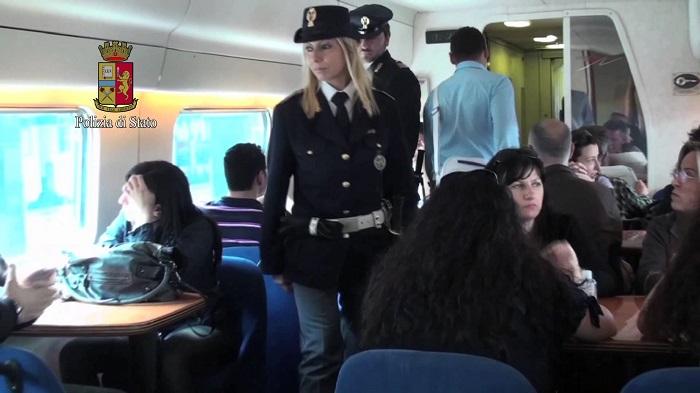 """Viaggi sicuri, anche in Sicilia """"Rail safe day"""": la Polfer identifica 560 persone"""