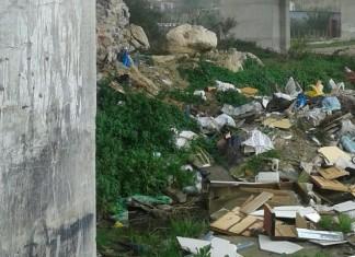 rifiuti periferie strazzasiti giacalone