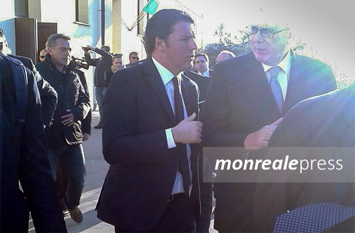 Il premier Matteo Renzi in visita a Lampedusa