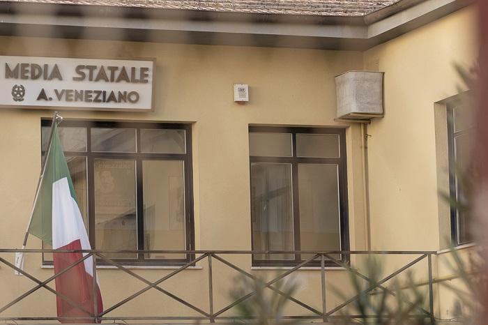 """""""Facciamo la differenziata"""", l'iniziativa dell'istituto Veneziano"""