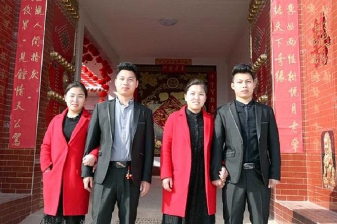 Cina, equivoci e chirurgia per due coppie di gemelli sposate