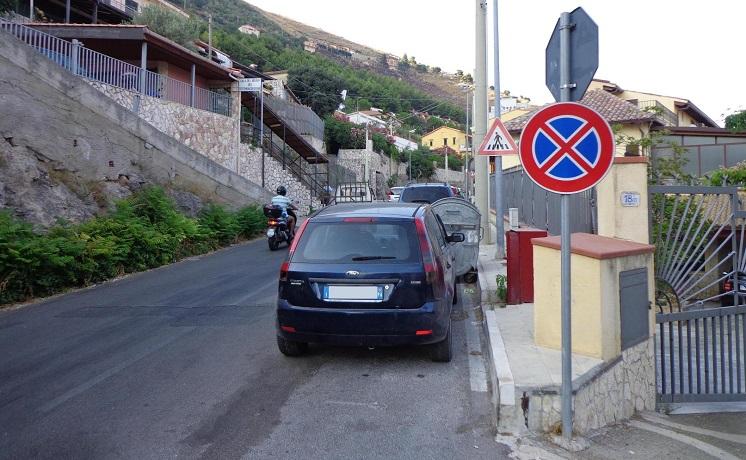 regione parcheggiate
