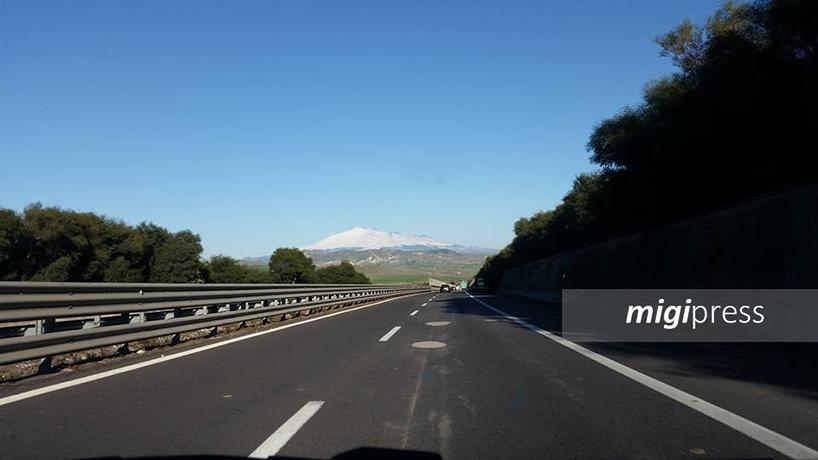 Sostituzione delle barriere dell'autostrada Palermo-Catania: traffico e disagi