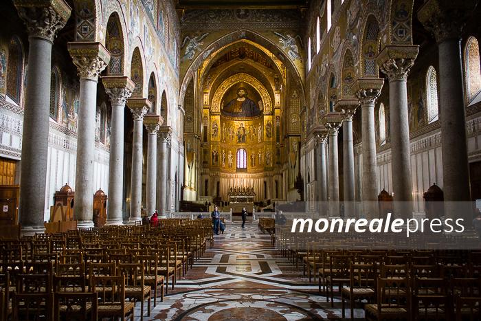 """Monreale, la vera storia del Duomo, quella """"chiesa troppo grande"""" che crea solo fastidi…"""