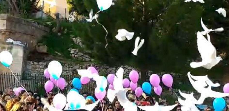 """Monreale, """"Ciao Maestra"""": folla commossa al funerale di Rosalba Maniscalco"""