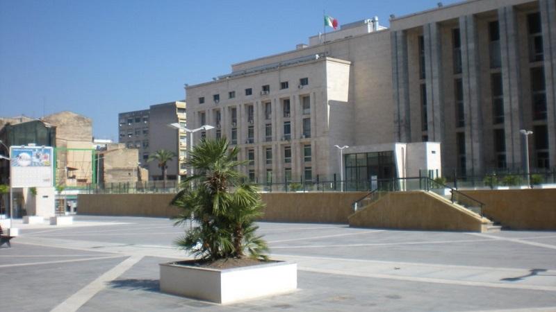 Pioppo, il comune ordina la demolizione, ma per tribunale non c'è reato: assolto
