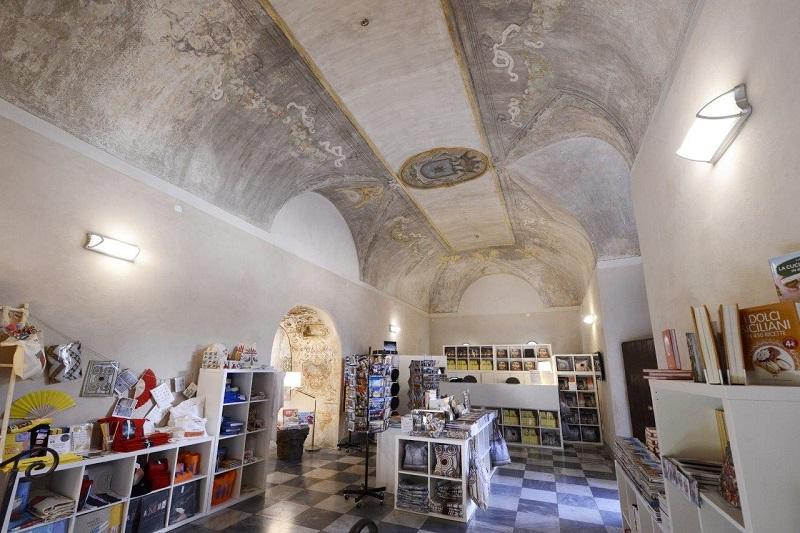 Soffitto A Volta Affrescato : Monreale al chiostro dei benedettini scoperti nuovi affreschi