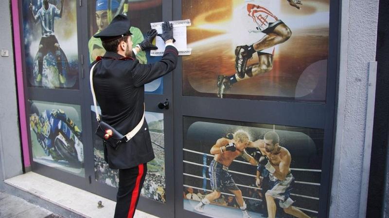 Aquino, blitz dei carabinieri in agenzia di scommesse: sanzioni per 64 mila euro