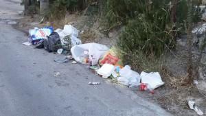 villaciambra-rifiuti1