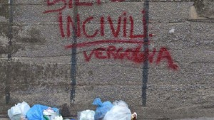 villaciambra-rifiuti3