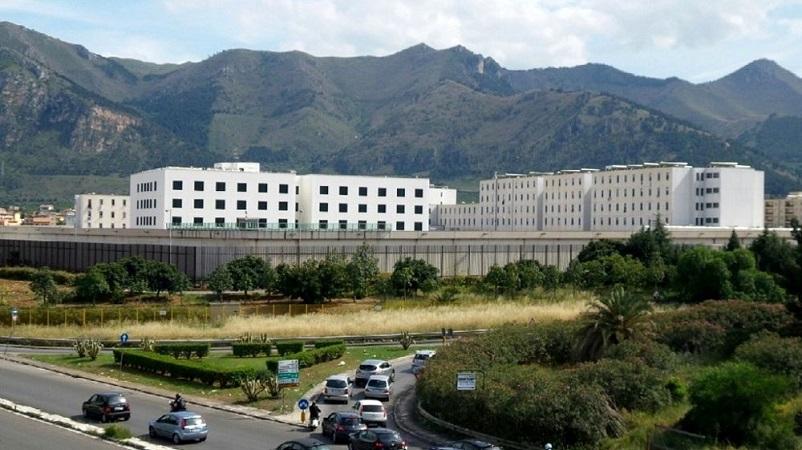 Coronavirus, focolaio al carcere Pagliarelli: 31 detenuti positivi