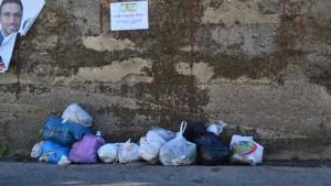 rifiuti-villaciambra3