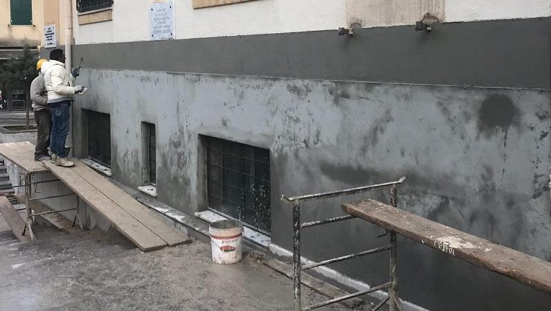 Monreale, il comune sistema i tetti della scuola Morvillo e della materna di Villaciambra