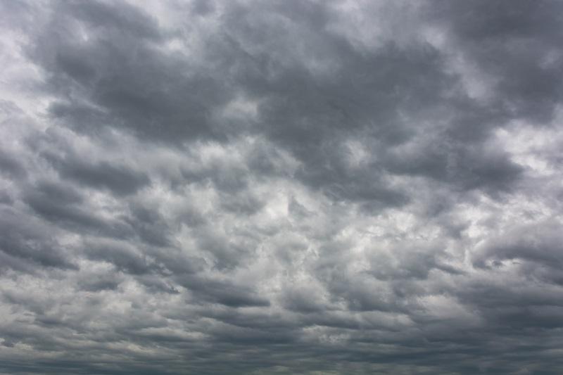 Meteo, venti di burrasca e temporali: allerta gialla della protezione civile