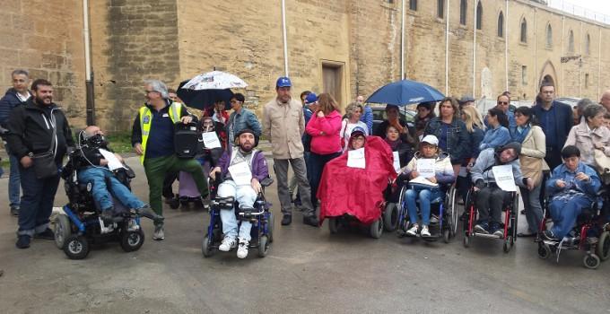 sit-in dei disabili