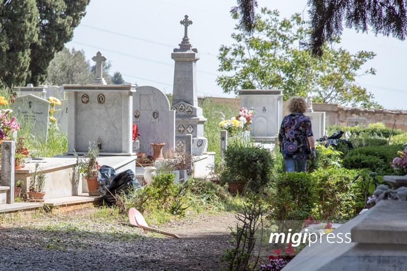 Salme rubate e abbandonate: arrestato a Palermo gestore di pompe funebri