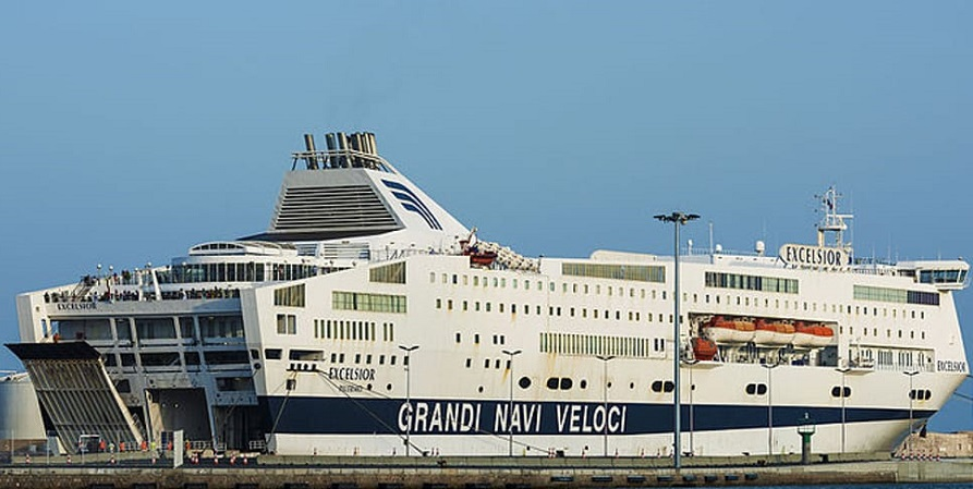 Rubato l'incasso della nave Genova-Palermo, indagini in corso