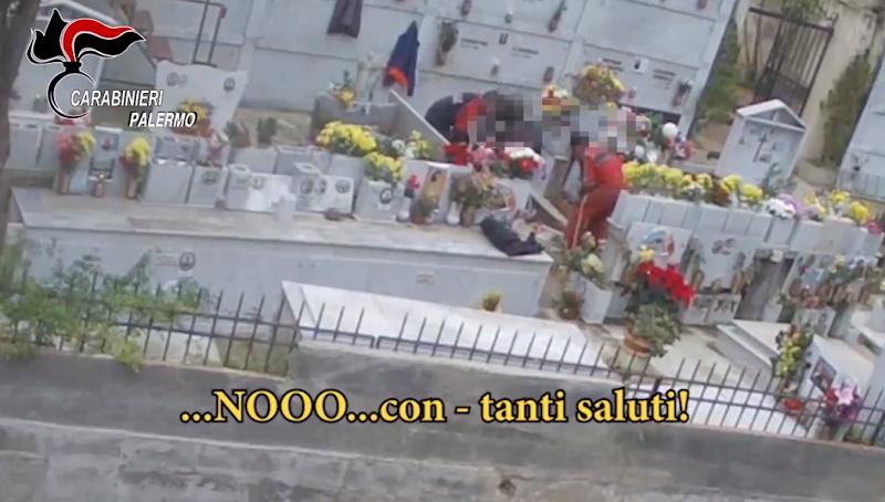 Cimitero degli orrori di San Martino: il Comune parte civile al processo