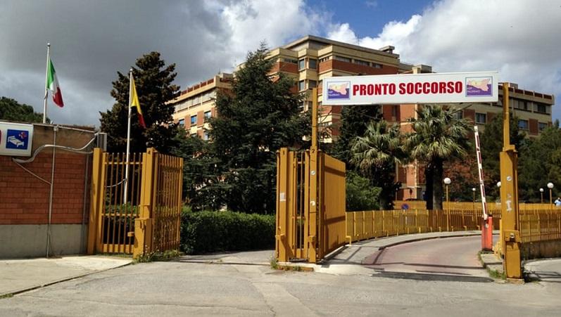 La protesta dei medici del Covid Hospital di Partinico: interrogazione all'Ars