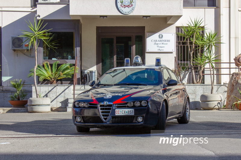 San Martino, sorpresi a rubare in un appartamento: arrestati due monrealesi