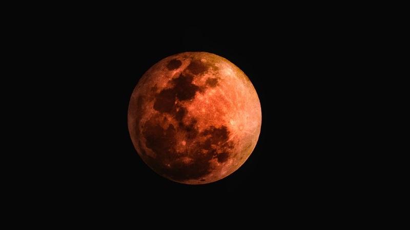 In arrivo l'eclissi totale di Luna del secolo
