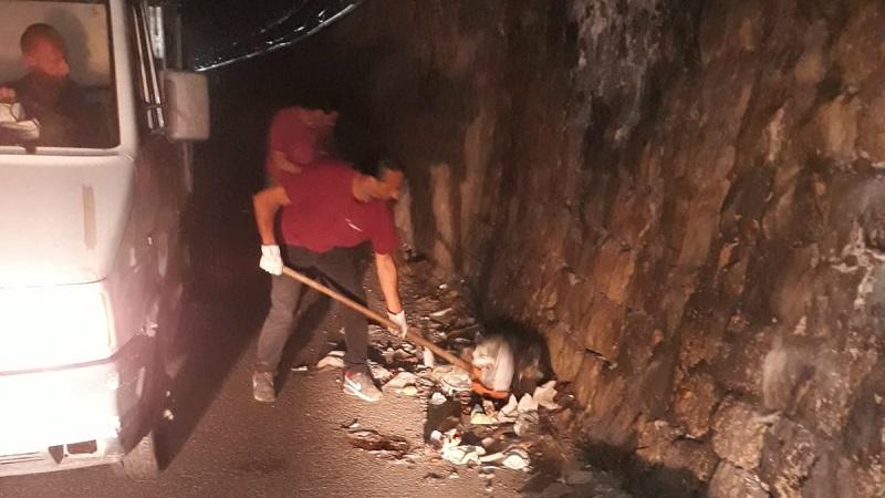 Monreale, la galleria di via Linea Ferrata come una discarica: ripulita dalla Mirto
