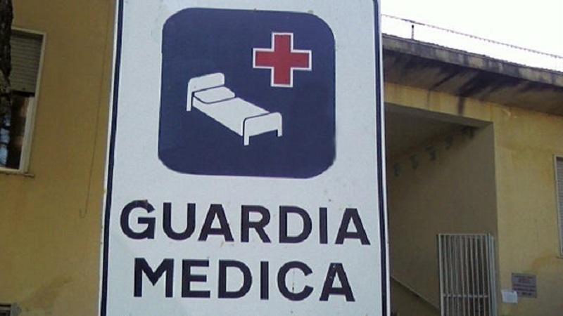 Palpa il seno della dottoressa durante la visita: caccia al molestatore a San Cipirello