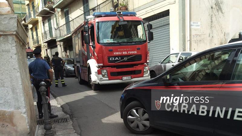 Monreale, colpisce con l'auto un tubo del gas: panico in corso Pietro Novelli