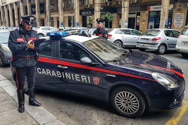 Palermo, lite fra parcheggiatori abusivi finisce nel sangue: uno arrestato per tentato omicidio