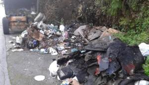 rifiuti-villaggio-montano1
