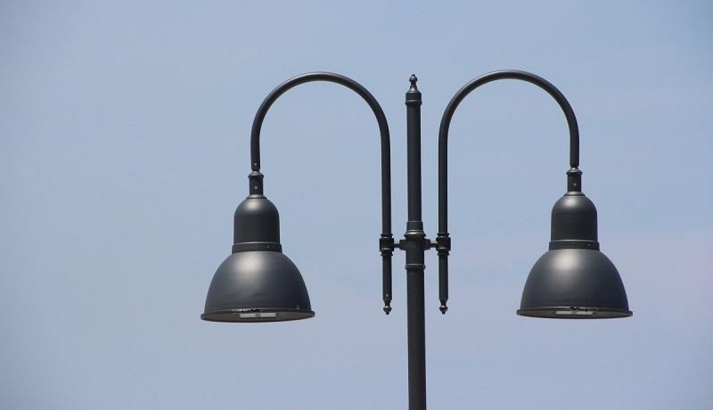 Nuovi pali della luce ad Altofonte: il sindaco spiega come ha speso i 100 mila euro