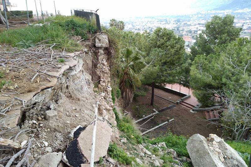 Monreale, nuovo crollo nel Belvedere: si rischia il disastro