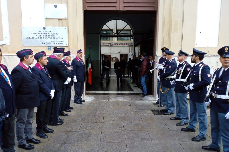 Ucciso per le sue indagini sulle cosche mafiose: Palermo ricorda l'agente Natale Mondo