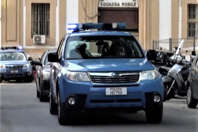 Blitz della polizia contro la mafia nigeriana: sgominata base operativa