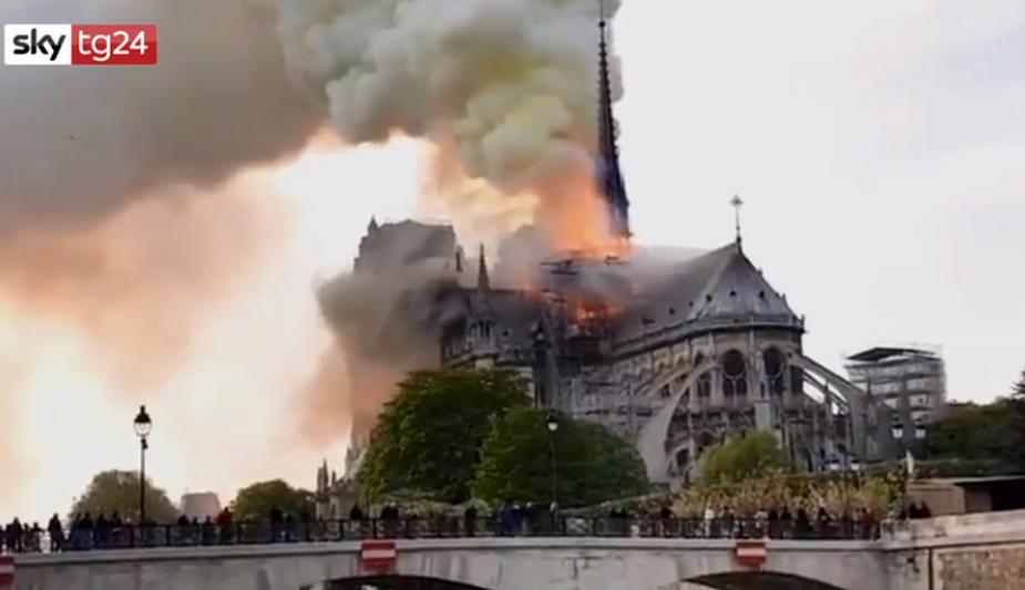 Monreale come Notre Dame, l'incendio che distrusse il soffitto del Duomo