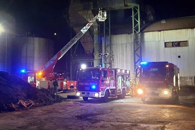 Esplosione nella distilleria Bertolino di Partinico: tre operai feriti