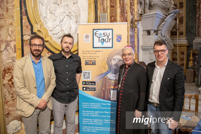 """Nasce """"Easy Tour"""", l'App per vivere al meglio il Duomo e il Museo Diocesano"""