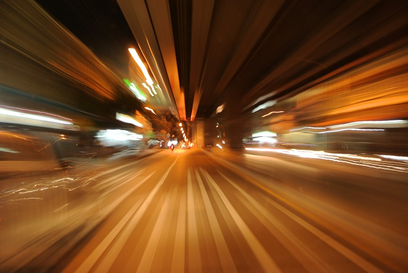 """Automobilista fermato a folle velocità: """"Ero posseduto dallo spirito di Schumacher"""""""