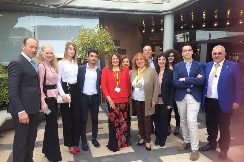 La giovane monrealese Karen Anselmo tra i tre migliori studenti della Sicilia