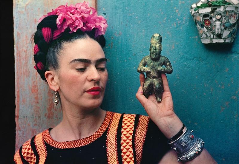 """""""I colori dell'anima"""", a Palazzo Zingone la mostra su Frida Khalo"""