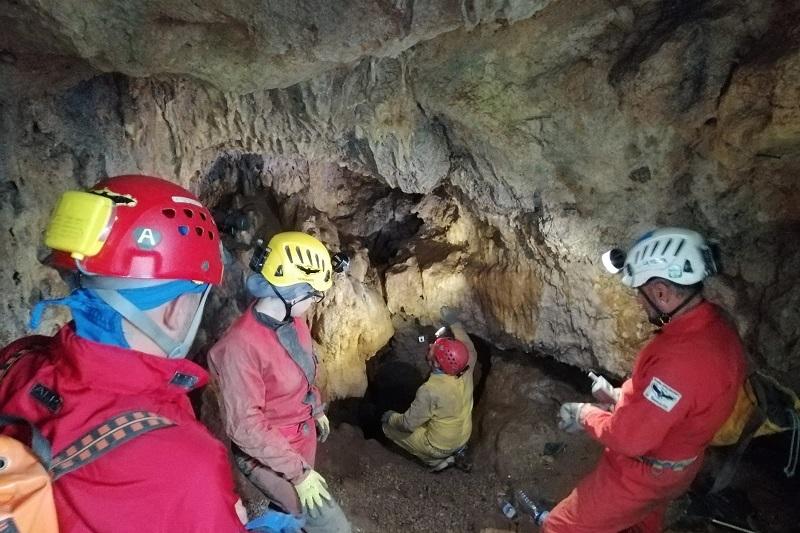 """Gli speleologi tornano dentro le grotte: """"Il problema sono gli scarichi fognari"""""""