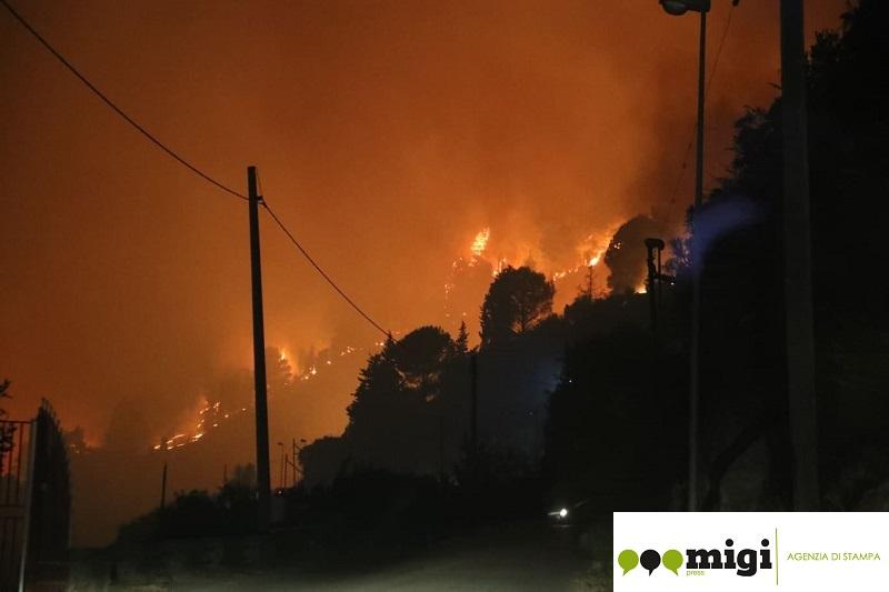 Gli incendi di San Martino sono dolosi: un video choc lo dimostra