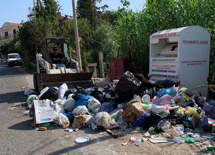 Centri di raccolta rifiuti, la Regone proroga la scadenza del bando