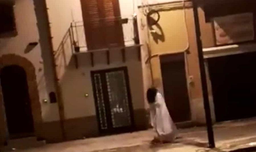 Samara di The Ring avvistata a Palermo: paura tra i passanti