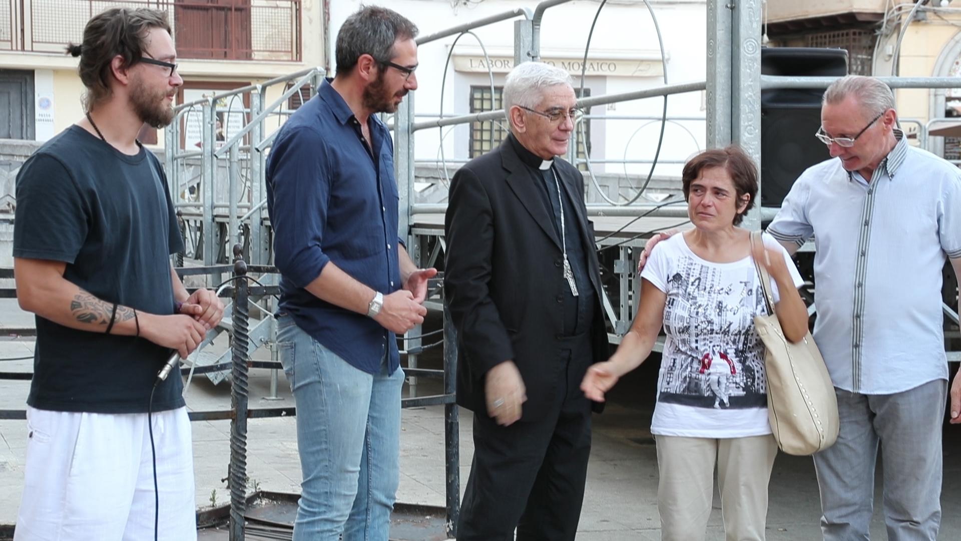 """Monreale dice """"basta"""" agli incendi: il sit-in piazza Guglielmo"""