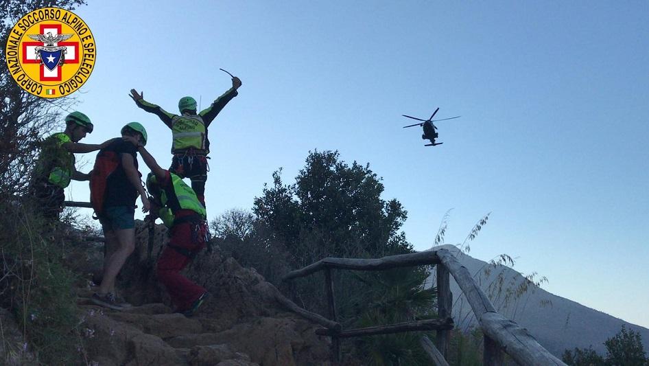Zingaro, nuovo intervento del soccorso alpino: salvato turista a Cala del Varo