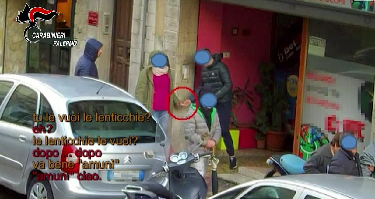 Blitz dei carabinieri smantella rete di spaccio a Misilmeri: otto arresti