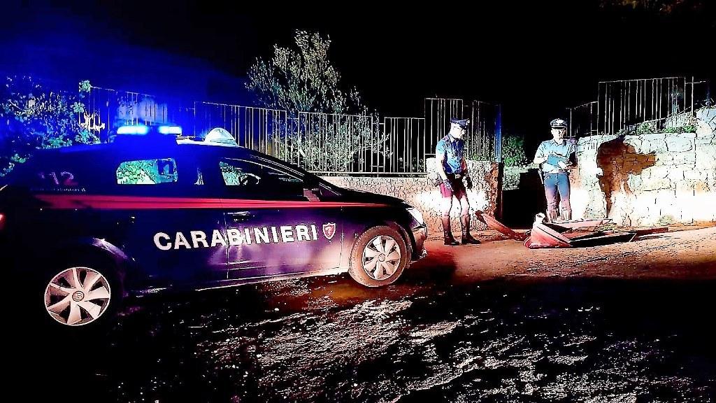 Sorpresi a rubare rame in una villetta: arrestati due giovani monrealesi