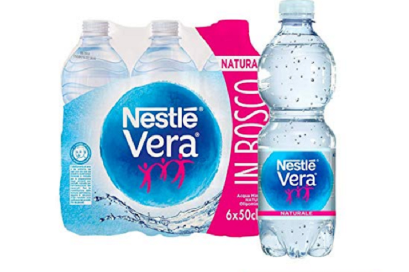 Contaminazione di batteri, la Nestlè richiama un lotto di acqua
